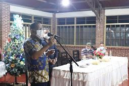 Richard Louhenapessy Ajak Komunitas Musisi Muda di Kota Ambon Terus Berkembang