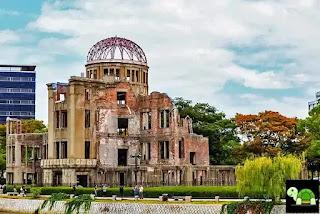Taman Peringatan Perdamaian Hiroshima Tokyo Jepang