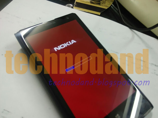 Cara Flashing Nokia Lumia yang mati total