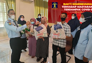 Bapas Banda Aceh Sumbang Sembako untuk Masyarakat