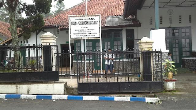 Gedung perjanjian linggarjati tempat perundingan antara indonesia dan belanda