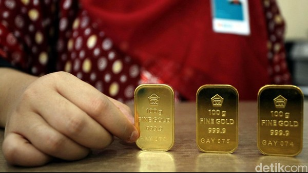 Emas Antam Dijual Rp 746.000/Gram Hari Ini
