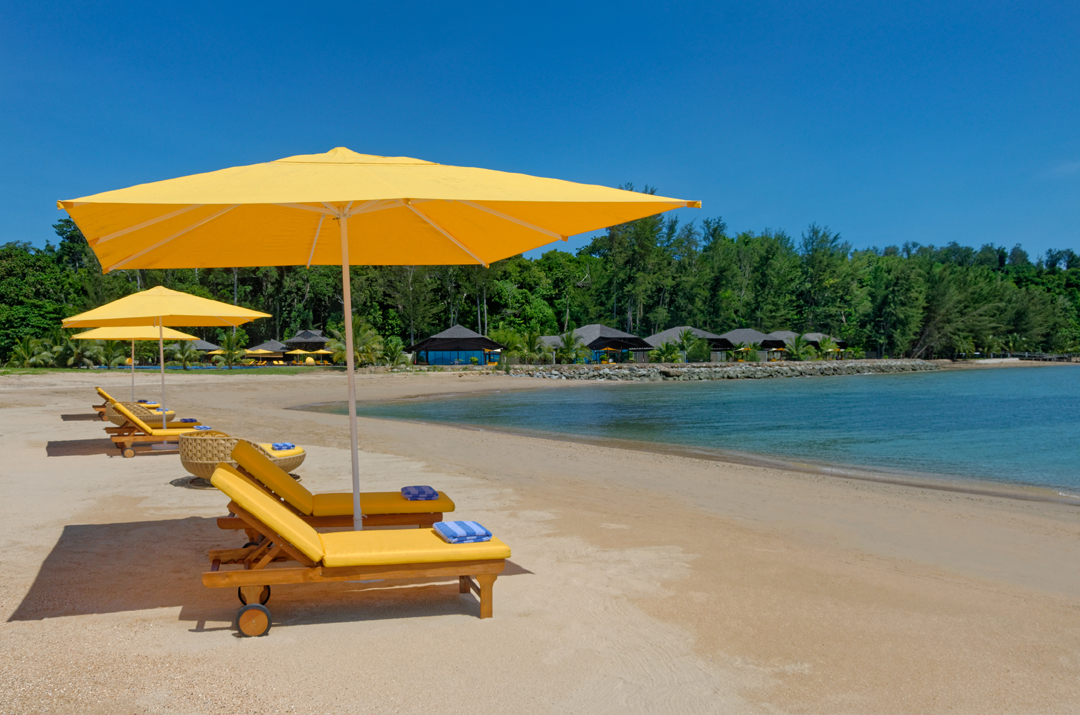 Borneo Eagle Resort luxury resort in Sabah