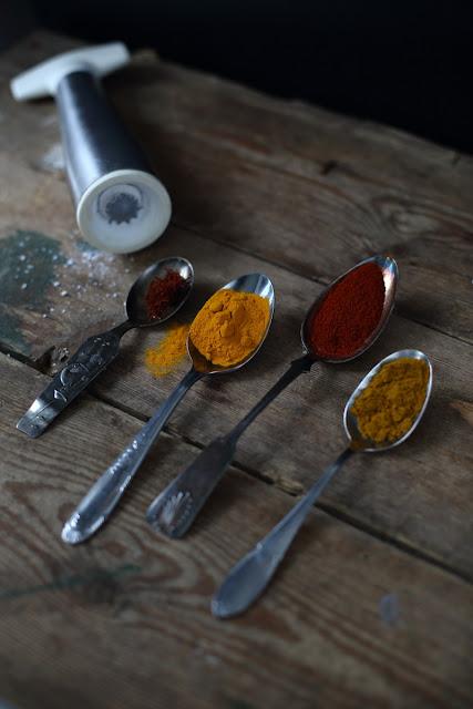 stilllife spices, valokuvaus, asetlma, mausteet