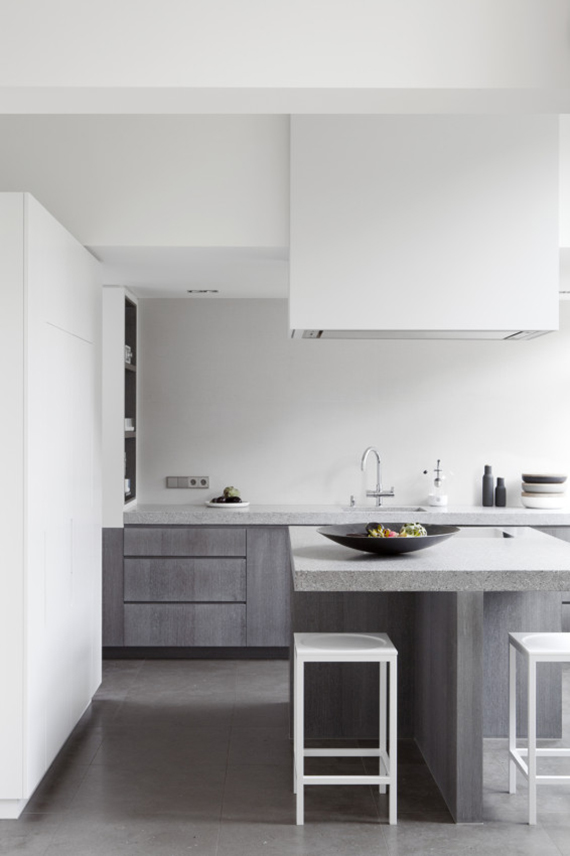 Minimalistic kitchen design inspiration | Remy Meijers