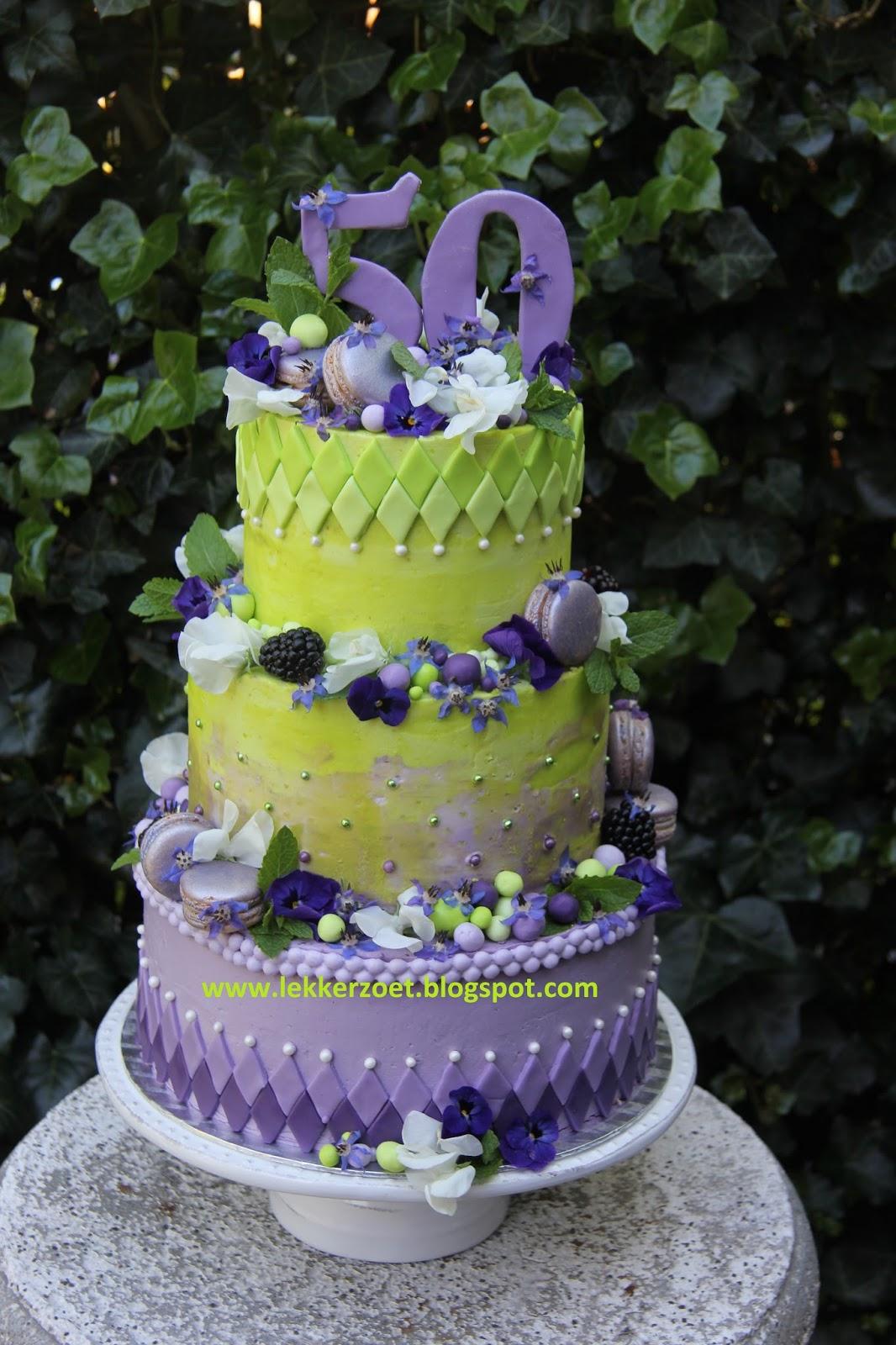 Fabulous lekker zoet: Gerrie 50 jaar bloemen paars en groene taart @IF42