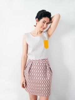 // créatrice - ékicé - Paris - robe - veste - top - pull - couleur - robe colorée - japonisant - tissu japonais - vêtements colorés - pièce unique - création - boutique créateur - artisanat - fabriqué en France - made in France - kimono - slow couture - séries limitées - petites séries - originale - marque française - vêtements - french brand - couture - création française - mode femme - fait avec amour - underground - fait main - motifs japonais - couture - couturière créateur -atelier - studio //