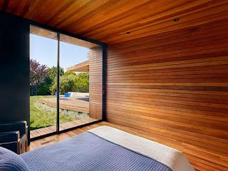 cara-merawat-dinding-kayu.jpg
