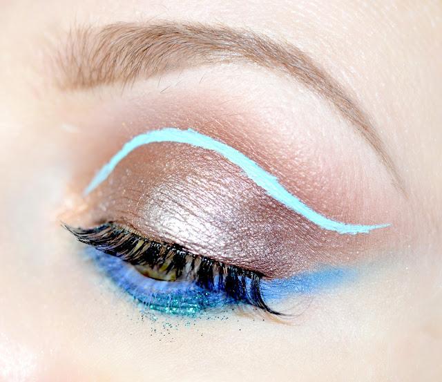 Limecrime Eyeliners Liquid liner Blue milk, красивый макияж, сам себе визажист, учу визажу, уроки макияжа дома,