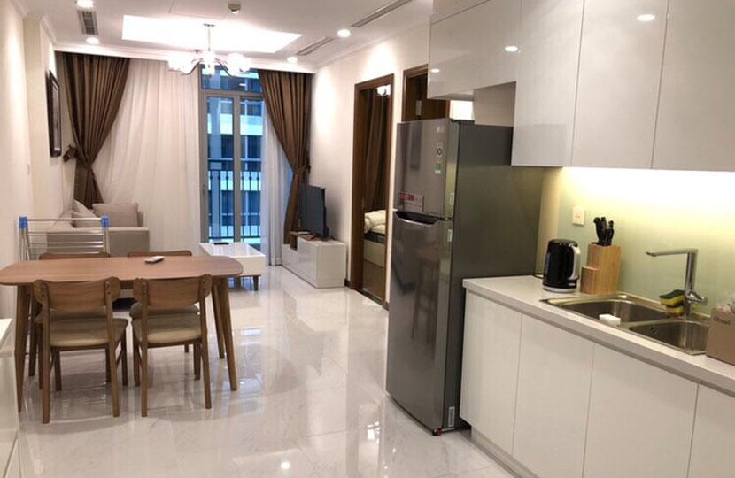 Cho thuê căn hộ cao cấp 1PN Vinhomes Central Park tầng cao L5