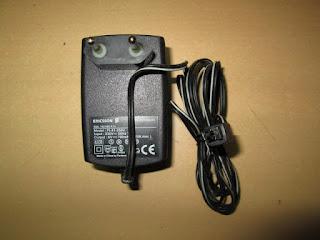 Charger Ericsson R250s Pro Paus Original BML162083R1A