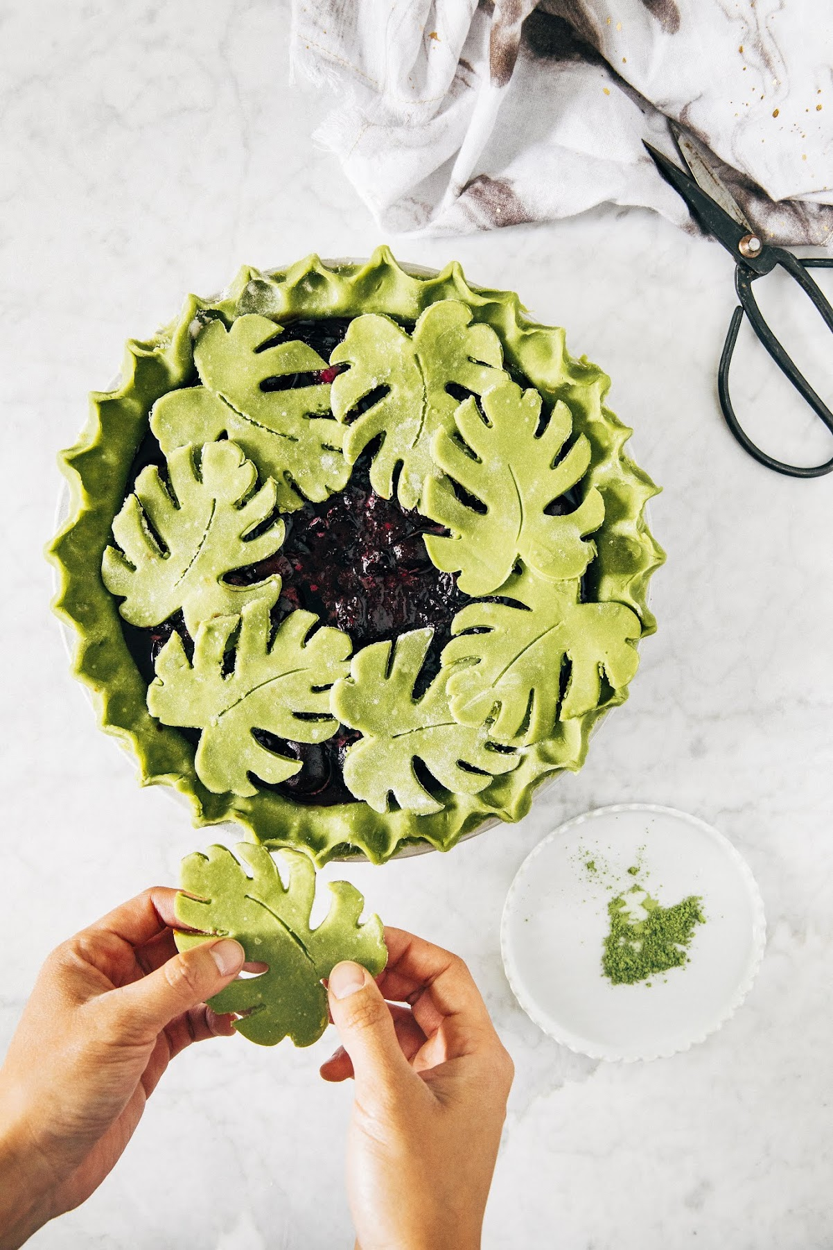 matcha monstera pie