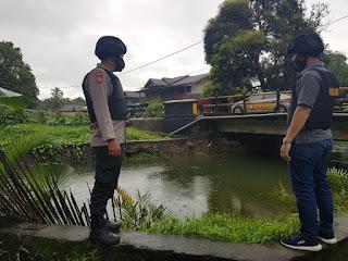 Polsek Daik Lingga Laksanakan Patroli Siaga Banjir dan Tanah Longsor