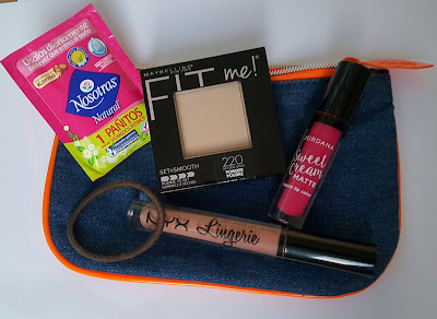 cartera maquillaje compacta
