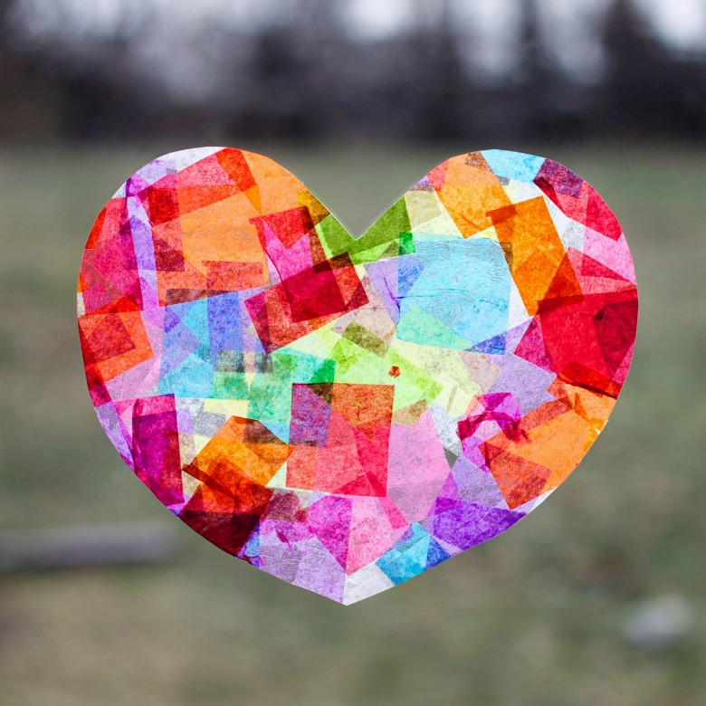 heart suncatcher craft for preschoolers