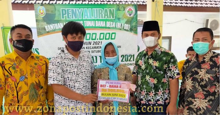 Kepala Desa Mangaran Lilik Linarno, Salurkan Bantuan Langsung Tunai Dana Desa Kepada 50 PKM