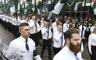 Neonazistas escandinavos fazem circular panfletos anti-semitas no Yom Kippur