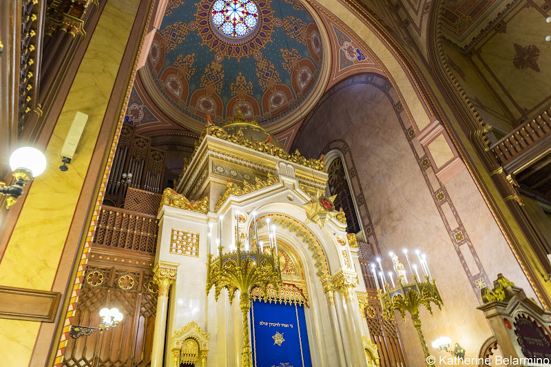 Dohány Street Synagogue Interior What to Do in Budapest in One Day