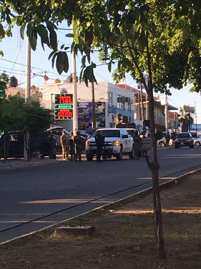 Sinaloa, Aseguran camioneta en enfrentamiento con Marinos