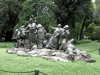 Alegoria em Bronze de Ernesto Biondi, em Buenos Aires