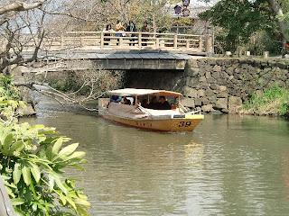 こたつ船が運航開始 堀川遊覧船