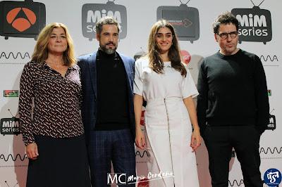 Silvia Martínez, Unax Ugalde, Olivia Molina y Daniel Écija en la presentación de 'La Valla'