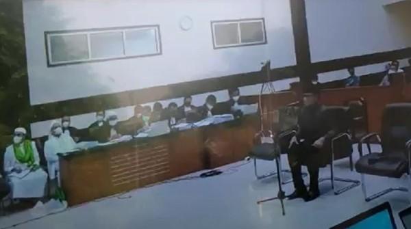 Amarah Habib Rizieq Tak Teredam Kala Bima Arya Cerita Swab Diam-diam
