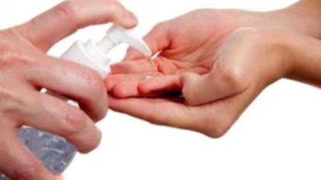 Έως 3 αντισηπτικά ανά πελάτη - Πρόστιμα για αισχροκέρδεια