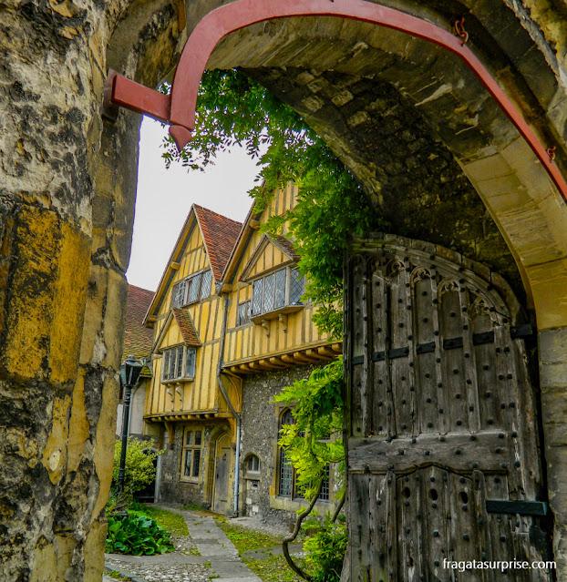 Prior's Gate, acesso ao tribunal medieval de Cheyney Court, em Winchester