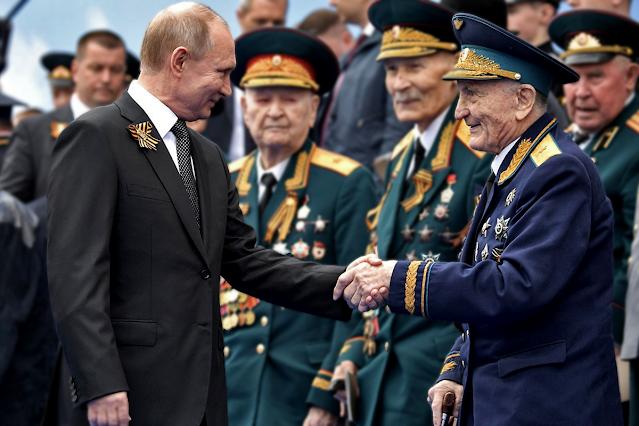 около 80 ветеранов поместили на карантин перед встречей с Путиным на параде Победы