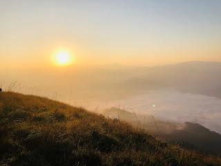 kabaragala peak,srilanka,sunrise