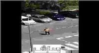 قصة فيديو الرجل الذي تعدى على الشرطة وهو يصرخ انا مصاب بكورونا