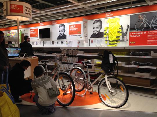 Il Raggio Riflesso Ikea Ha Scoperto La Bici Ma Non I Ciclisti