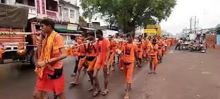 बोल बम से गुंजा इंदौर ईच्छापुर हाईवे