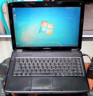 Laptop Bekas Emachine E720