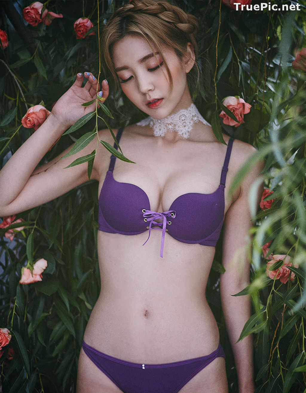 Image Lee Chae Eun - Korean Fashion Model - Purple Lingerie Set - TruePic.net - Picture-5