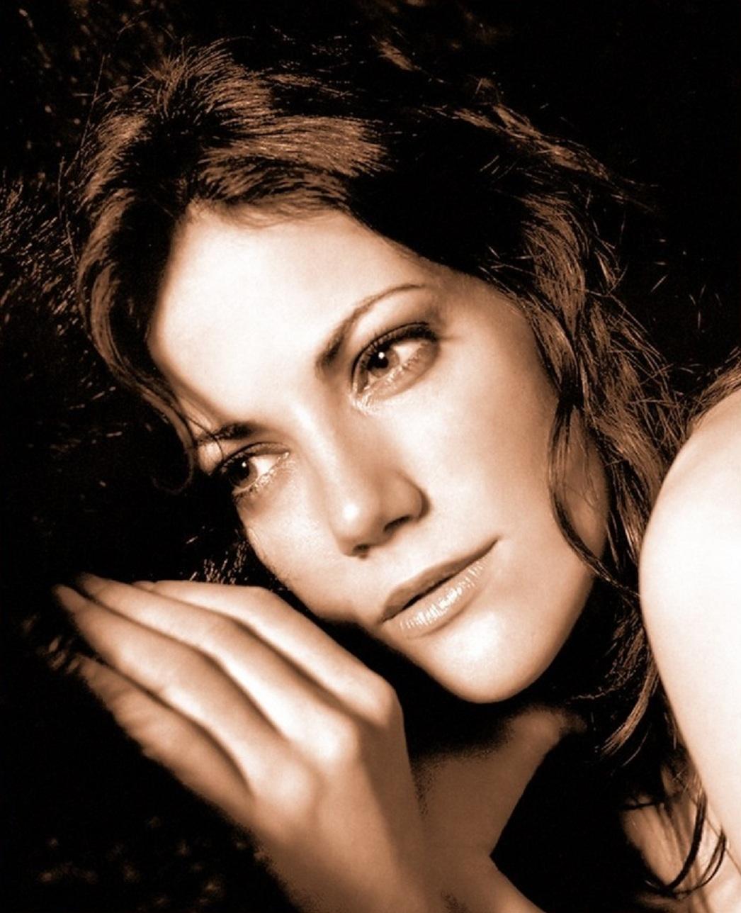 Hollywood Actress Wallpaper: Bettina Zimmermann Wallpapers