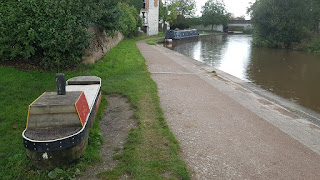 A narrowboat bench in Middlewich
