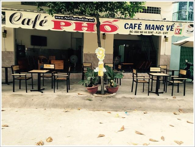 Mẫu bàn cafe gỗ khung chân sắt – ghế lưng tựa tại Cafe Phố Bình Thạnh