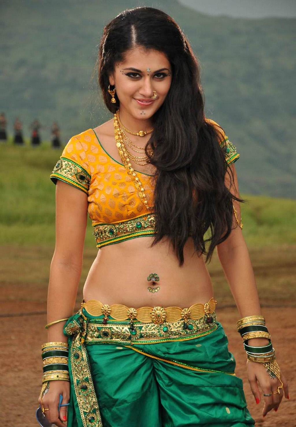 Hot Taapsee Pannu Images In Green Half Saree