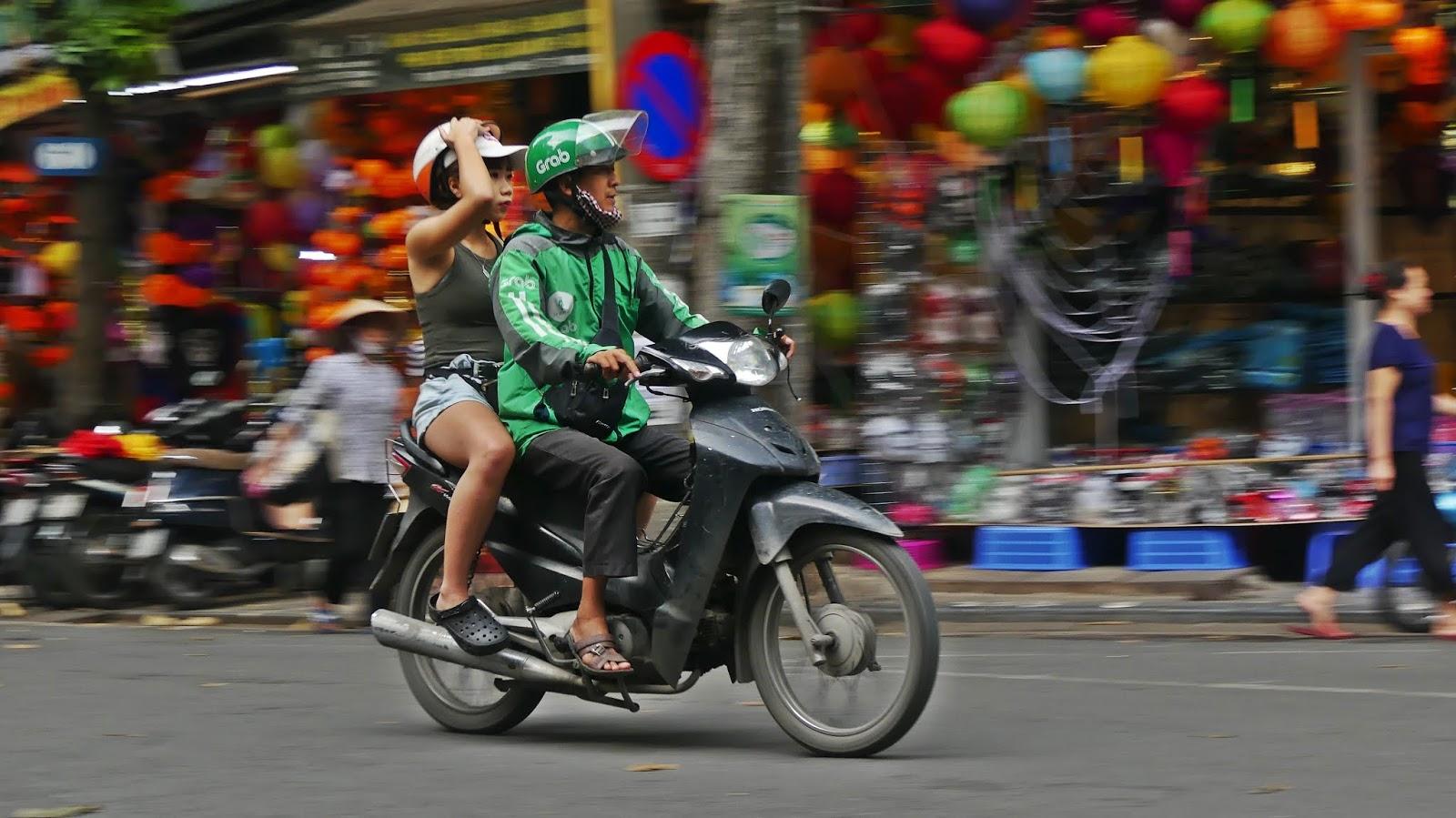 ruch drogowy w Hanoi