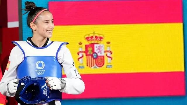 Adriana Cerezo da la primera medalla a España