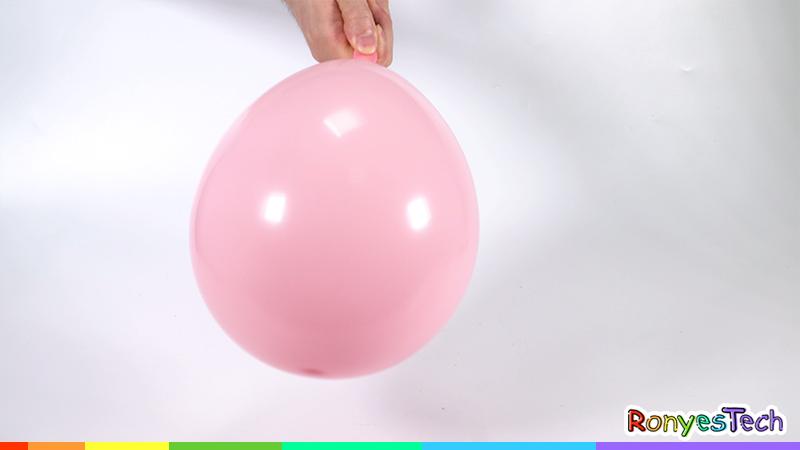 Pop Balloon With Lemon Peel Experiment Instruction Step1