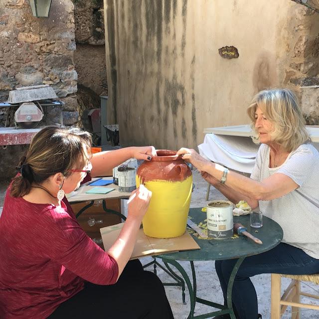 Ξενοδοχείο Μαλβάζια: Το Καφενείο του Ρίτσου 7 Annie Sloan Greece