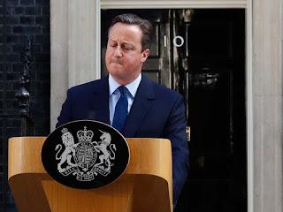 """""""Reino desunido""""...""""O referendo dividiu não só a União Europeia, mas o próprio Reino Unido. """""""
