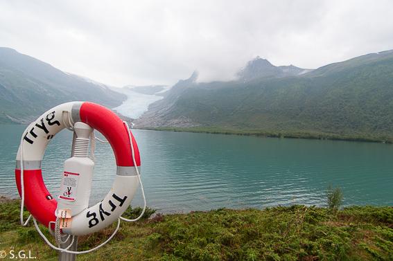 El glaciar Svartisen. Hurtigruten, de crucero por el litoral noruego