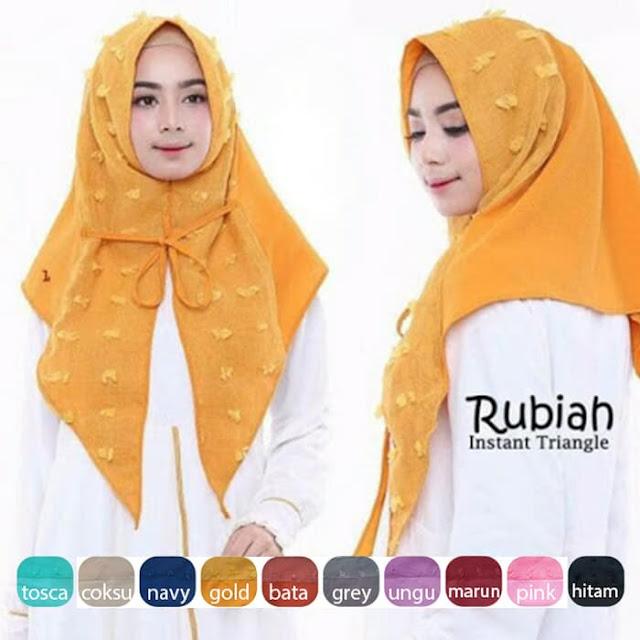 Jilbab Triangle Rubiah