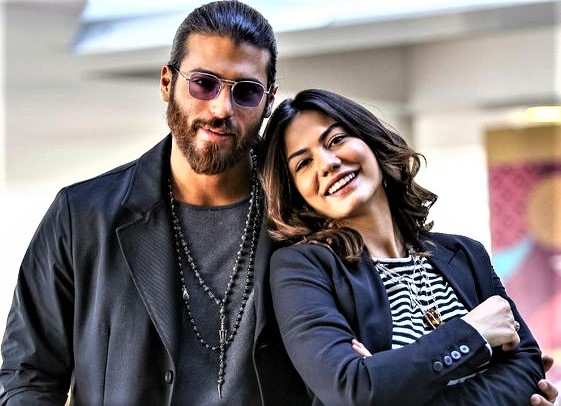 Can Yaman and Demet Özdemir, Rosica's backstory: 'There might be something between them'