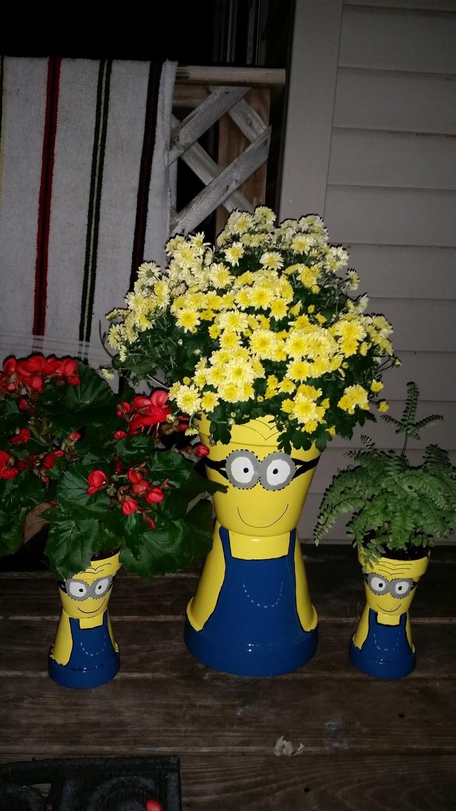 Diy Minion Flower Pot Planters Mommy S Block Party