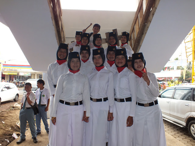 Poto bareng Paskibra Kecamatan Kawali Kabupten Ciamis